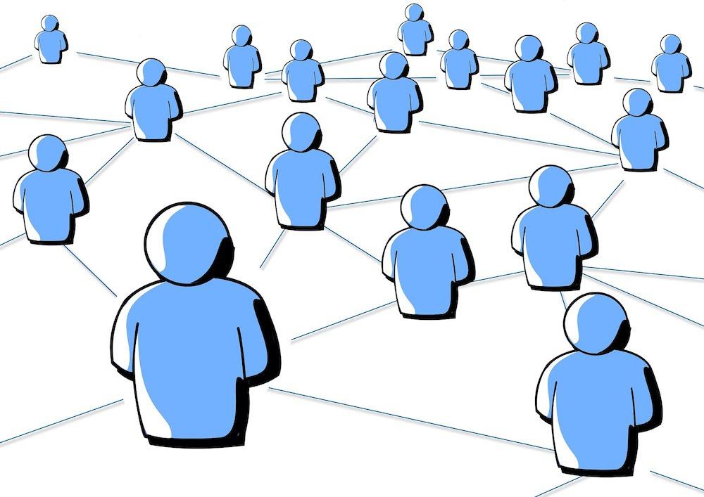 Personnes occupant chacune une fonction bien définie mais faisant partie d'un même univers de travail.