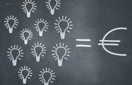 Le prix du kWh d'électricité compose avec d'autres postes de coût le prix final de l'électricité.